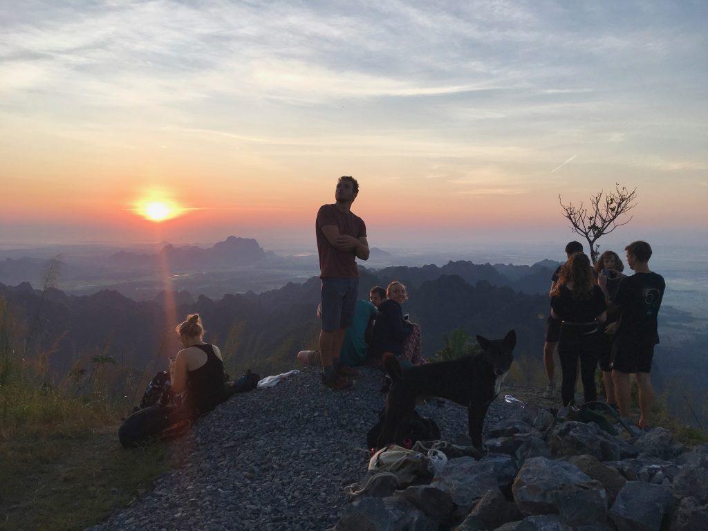 Mount Zwegabin Sonnenaufgang